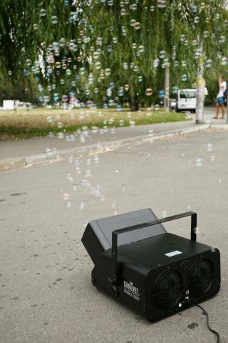 Фото Генератор мыльных пузырей