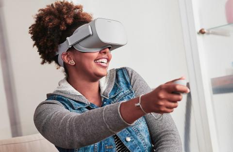 Фото Шлем VR Oculus Go